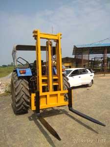 FL200 Tractor forklift