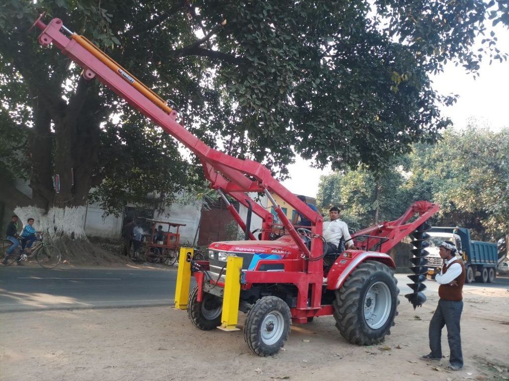 Tractor Pole errection