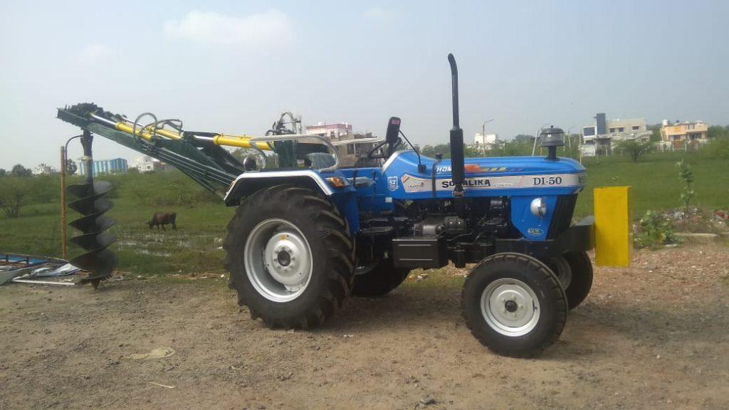 Tractor Augur